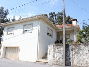 Moradia T3 em Carvalhosa